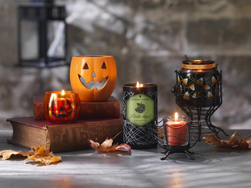 Yankee Candle Halloween Range - Sticky Mud and Belly Laughs